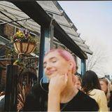 Profile for Annabelle Knott